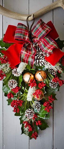 Classic Door Christmas Wreath..