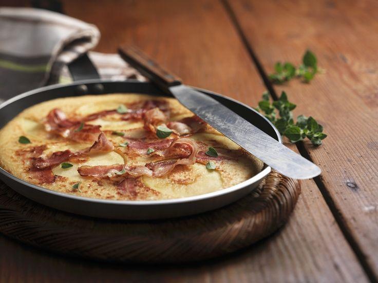 Pfannkuchen und Apfel und Bacon | Zeit: 40 Min. | http://eatsmarter.de/rezepte/pfannkuchen-und-apfel-und-bacon