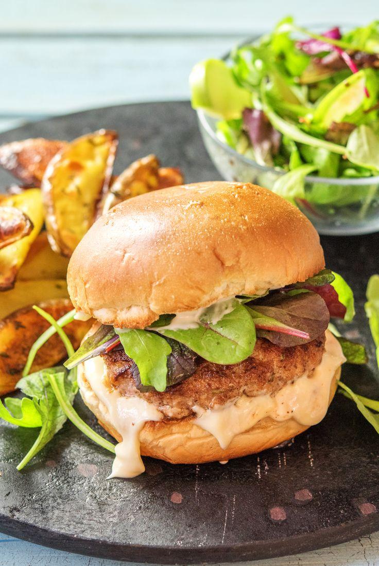 Blue apron pork burgers - Juicy Apple Pork Burgers With Rosemary Potatoes And Green Salad