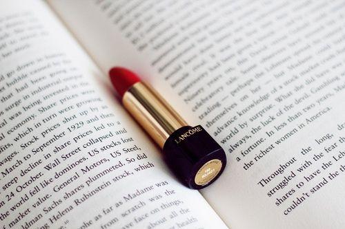 I ♥ red lipstick!
