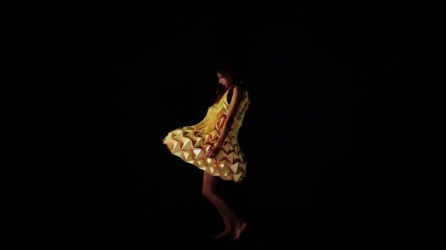 Jule Waibel Origami Clothing Dress Parasol Bag
