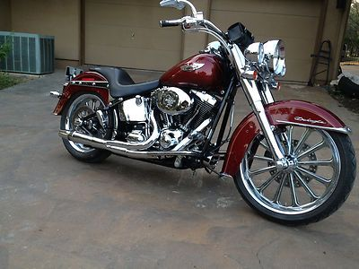 Tricked Out Harley Davidson Softail Deluxe Chromed Out