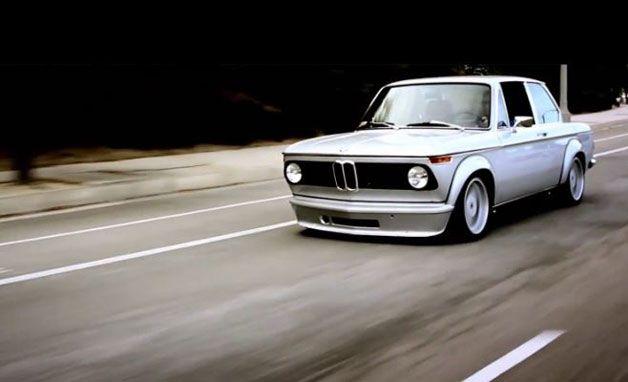 【ビデオ】70年代のBMW「2002」に初代M3のエンジンを積んだワンオフの「M2」 - Autoblog Japan