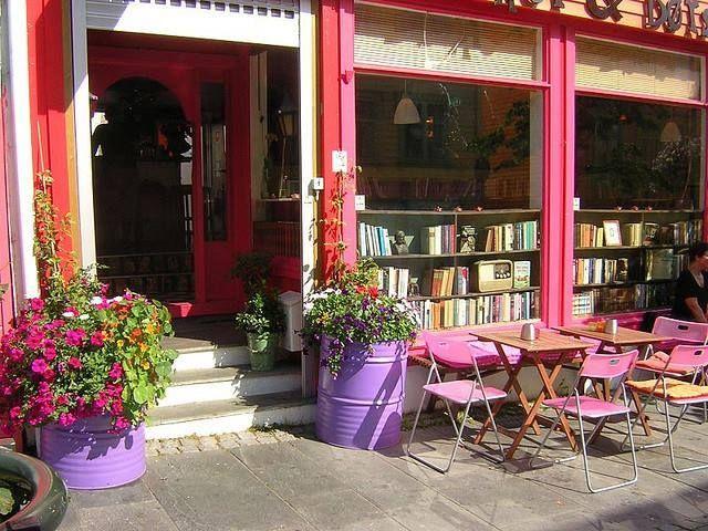 biblioteka kafic