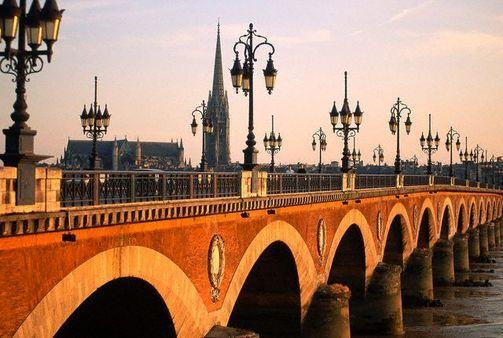 Pont du Pierre, Bordeux France