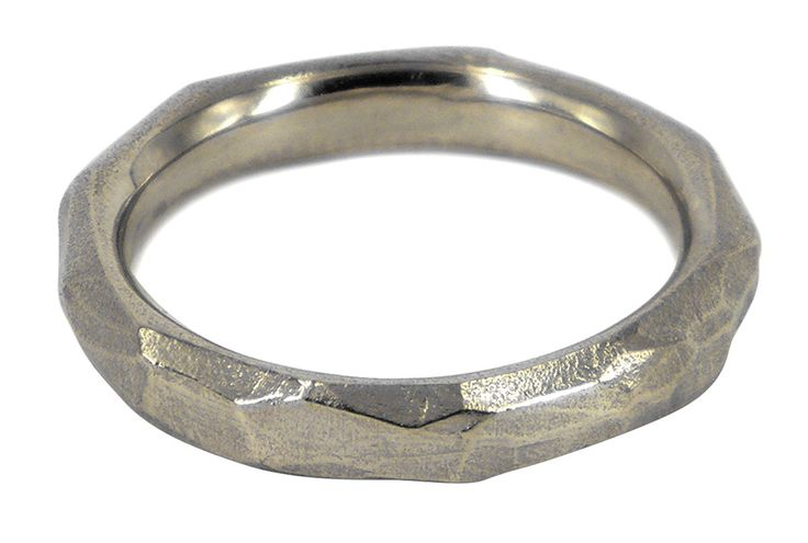 Narrow explosion wedding ring in 9ct white gold