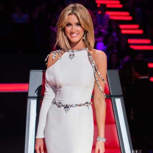 Delta Goodrem 'The Voice Australia' Finale Gown: House of Emmanuele and Steven Khalil | Celebrity 2014