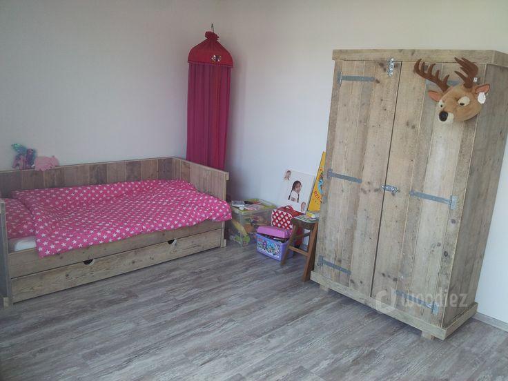 ... romantische meisjeskamer met veel roze. #slaapkamer #meisjeskamer #
