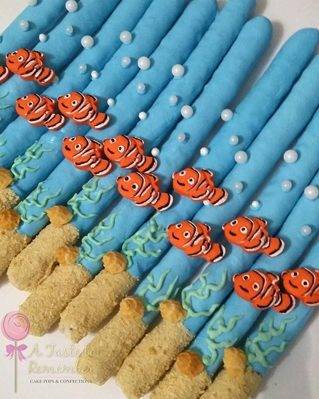 Finding Nemo inspired chocolate covered pretzels