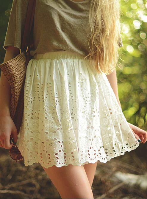 Eyelet lace skirt @Kelley Oberg Smith Oberg Smith Crowe @Mary Powers Powers Martin-Pulte i know some people who could make this....