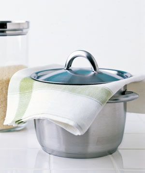 Dish Towel as Rice Steamer -   Steam perfect rice. Once the rice is tender, remove the pan from the heat, place a folded towel over the saucepan, replace the lid, and set aside for 5 to 10 minutes. The towel will absorb the excess moisture for great rice with no mush.