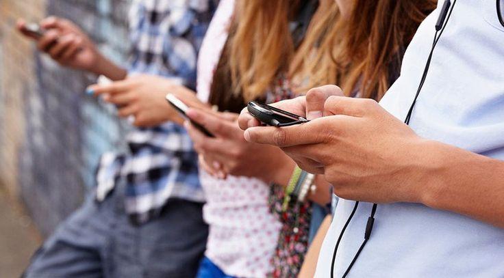 Movilnet y Digitel también publicaron sus nuevas tarifas /  Caracas.- Las compañías de telefonía celular: Movistar. Movilnet y Digitel, a través de sus portales web comunicaron este martes 31 de octubre que sus tarifas a partir de este mes de noviembre tendrán un incremento en sus servicios. En sus páginas de Internet, revelaron los planes que se encuentran vigentes con