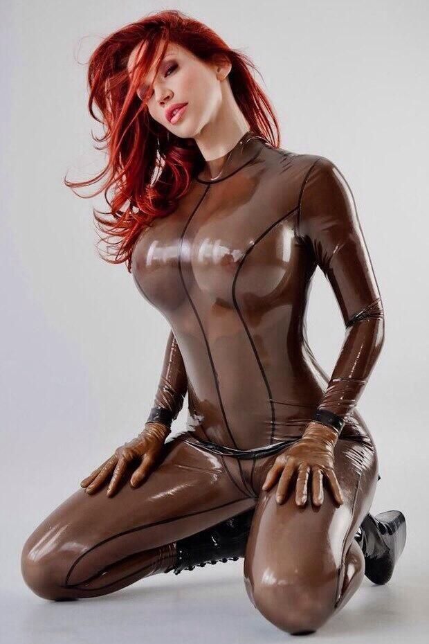 free nude kiana tom pics