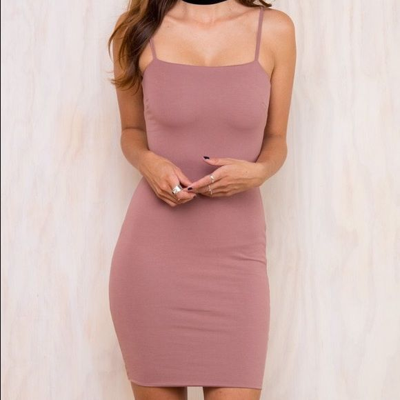 Princess Polly Little Kidman Dress Never worn out only tried on. Blush/mauve color x Princess Polly Dresses Midi