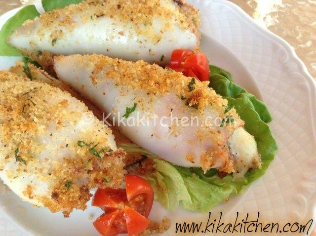 I calamari ripieni sono un gustoso secondo piatto di pesce, una ricetta che può essere inserita in un regime di dieta ipocalorica seguendo alcuni piccoli accorgimenti per non far lievitare le calorie.