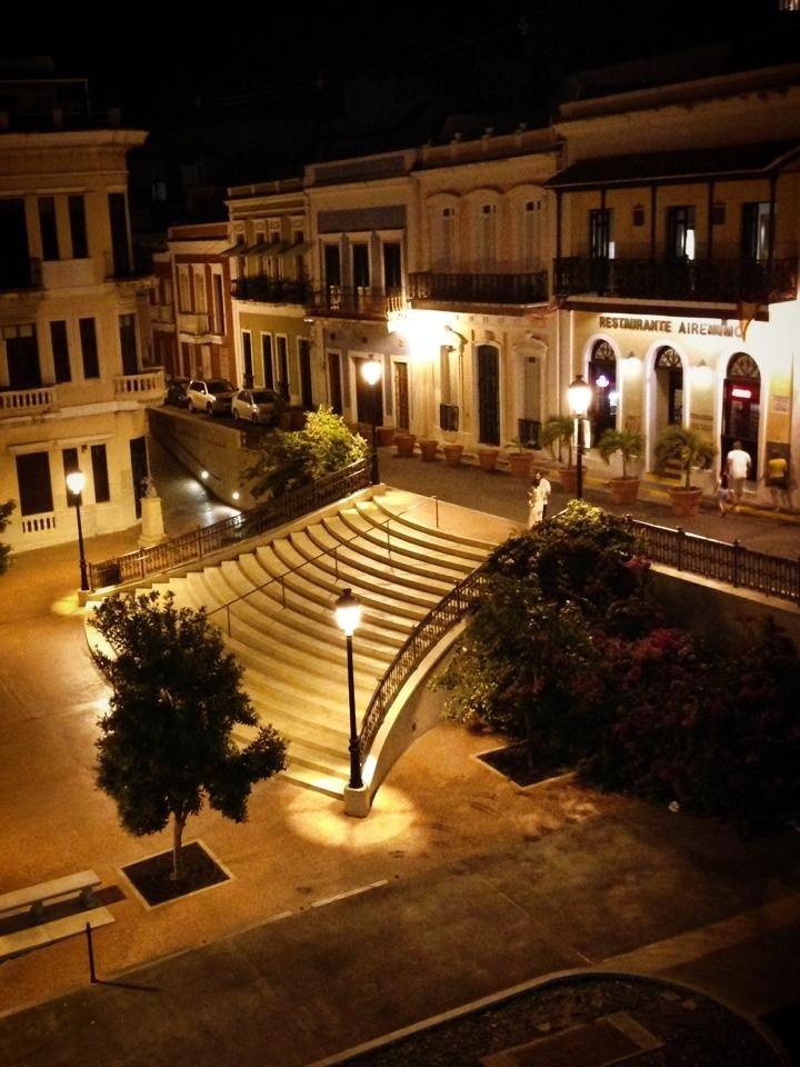 Plaza de la Barandilla, Old San Juan Stay with us in our hostel . Enjoy the real Puerto Rico: www.islandtimehostel.com