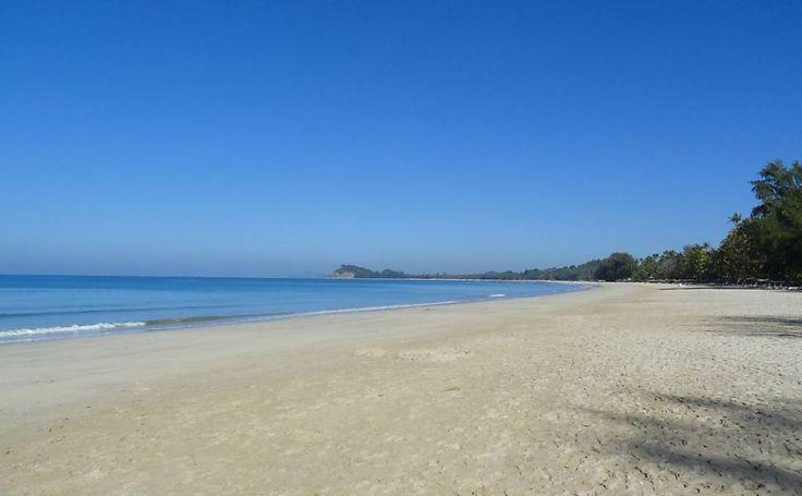 Confira fotos das 25 melhores praias do mundo segundo prêmio de site; praia brasileira ficou em 1º lugar - 20/02/2015 - As Mais - Folha de S.Paulo