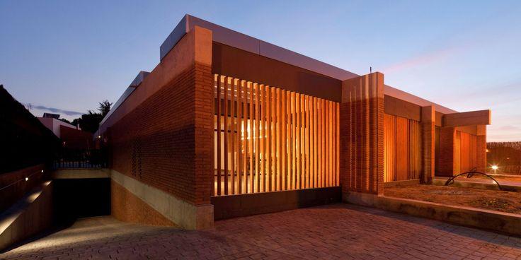 Casa unifamiliar en Alpicat (Lleida). Proyecto de 2009 en colaboración con Carles Enrich. Fachada principal.
