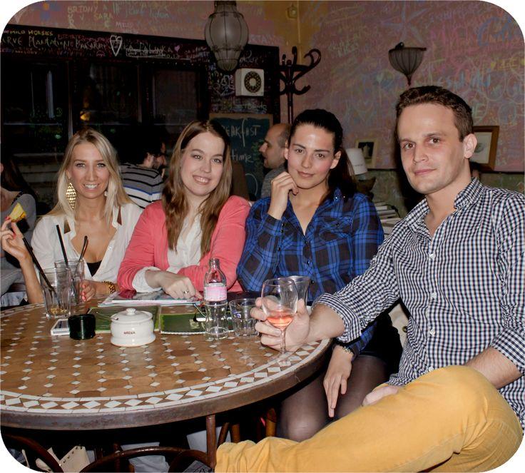 Blogger meeting @ Mozaik (Vivi, Urban:Eve, Gemini, Gaba)  http://www.budapestwithus.hu/blogger-kerekasztal/