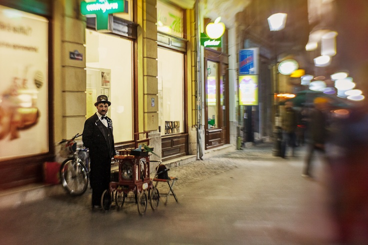 old magic of the old city   Bucharest – Home town   http://www.teoinpixeland.ro/travel/bucharest-home-town#pic61