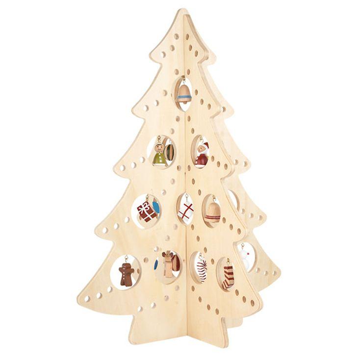 Unique Wooden Christmas Tree Idea