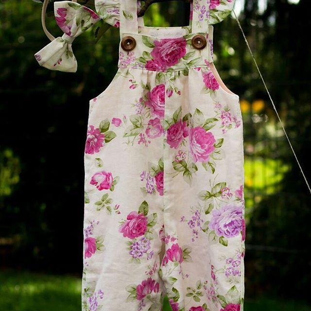 Ein paar Details vom Overall für euch... Genießt den Tag ihr Lieben!!! 💗❤💗 . . . . . #outfit #outfitoftheday #cutie #sweetie #herzallerliebst #meinbaby #baby2017 #latzhose #hose #ssw #gutenmorgen #gutelaune #babyfashion #schwanger #pregnancy #pregnant #happymom #happyness #handgemacht #mamatobe #teamrosa #mädchenmama #mommyblog #mumblog #instastyle #instagood #instafashion #shopsmall #instashopping