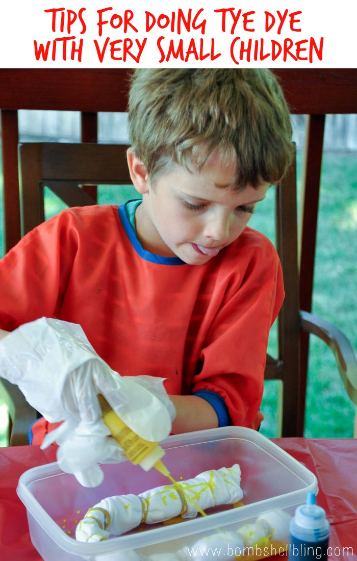 Brave mom to do tie dye with kids this little!  Good tips for making it just messy instead of a disaster.  ;)