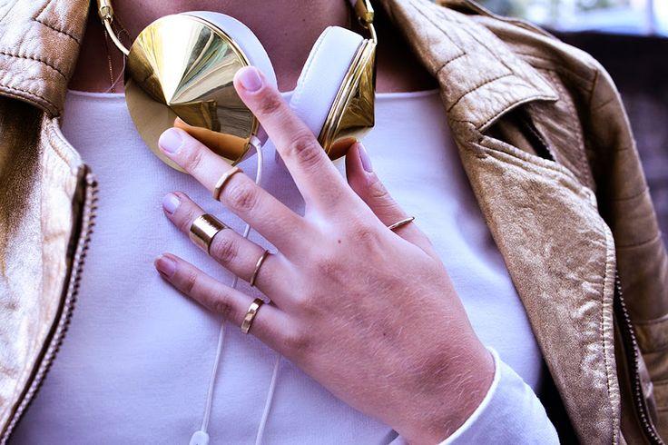 Frends headphones & Gold Rings