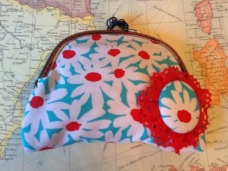 Happy colours purse by Mis Cucaditas