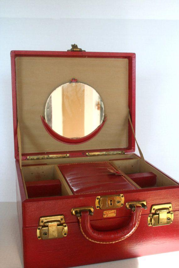 red train case