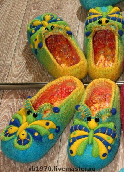 """Обувь ручной работы. Ярмарка Мастеров - ручная работа Тапочки валяные женские"""" Бабочки"""". Handmade."""
