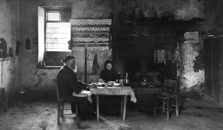 Crete, interior house in the village of Lakki, 1911 by Frederic Boissonnas