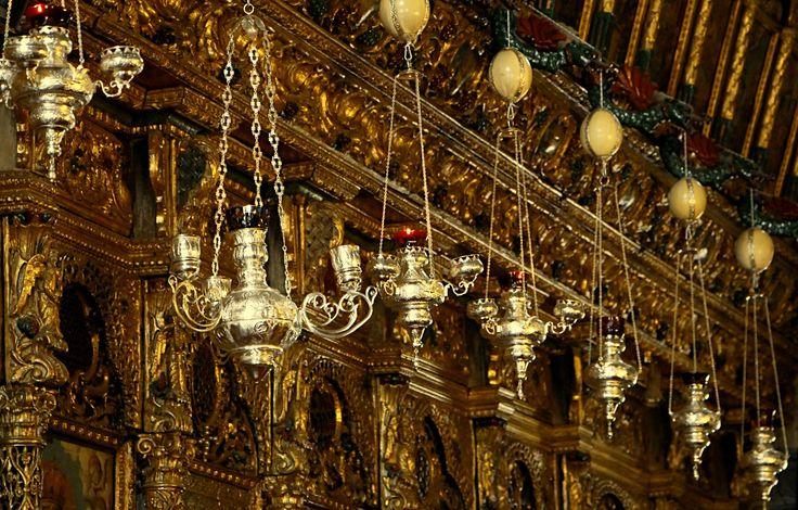 Lantern & golden wall by szatya1 on 500px