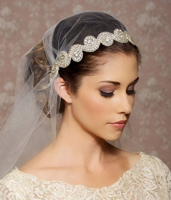 Juliet Cap Veil Vintage Inspired Tulle Veil, Art Deco. Look gorgeous with a flower pinned off to the side!