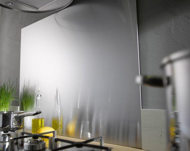 Les 25 meilleures id es concernant fond de hotte verre sur - Credence en verre leroy merlin ...