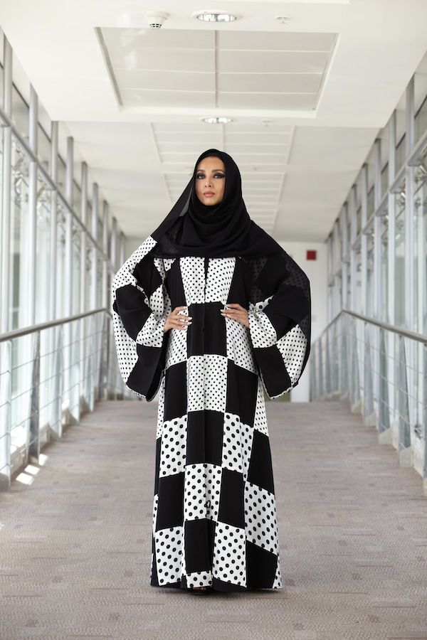 www.abayetnajd.com/~abayetna/, abaya, shaila, muslim fashion, middle eastern fashion, arab fashion, kuwaiti fashion