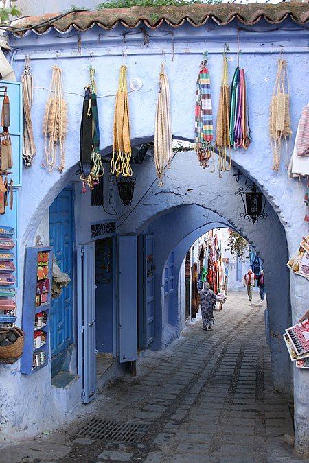 Small street in Chefchaouen, Morocco. www.asilahventures.com