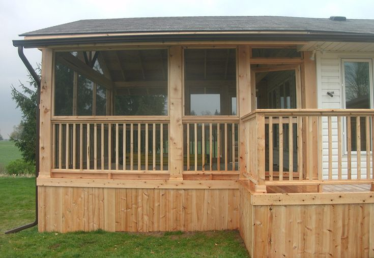 Custom screen room addition and deck by Flamborough Patio