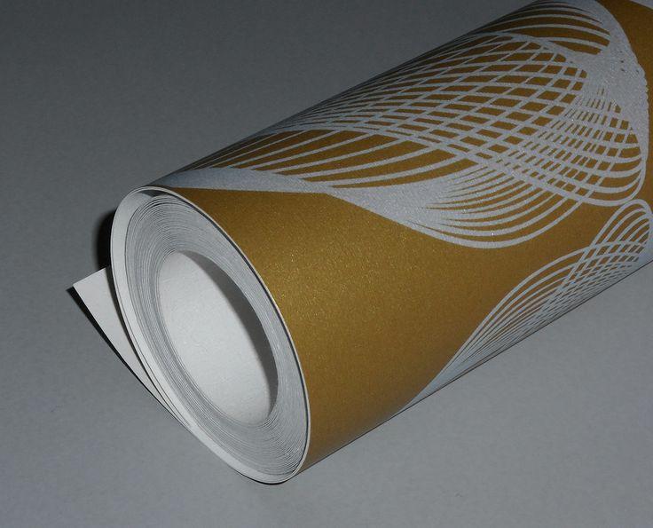 shell gold & white wallpaper