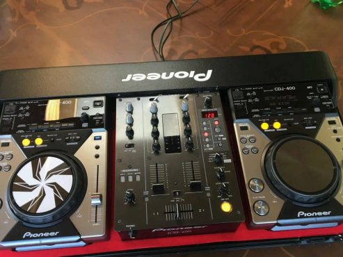 Pioneer Cdj400X2 And Djm400 In Flight Case | | Musical Instruments | 67908232 | Junk Mail Classifieds