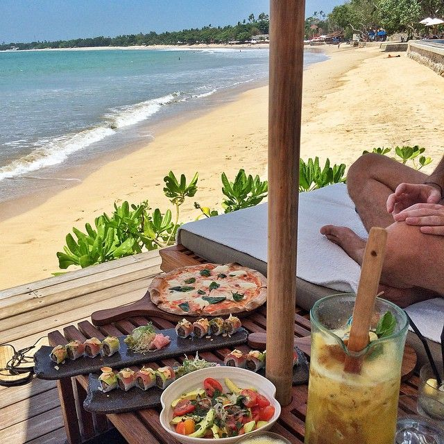 A lunch reservation at Sundara right on the Jimbaran beach on a sunny day.
