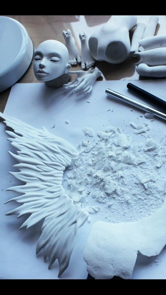 Scultping wing