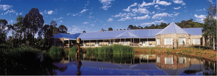 Take the stress out of your weekend.   Let the team at Ballarat Lodge look after you when you spend the weekend with us.