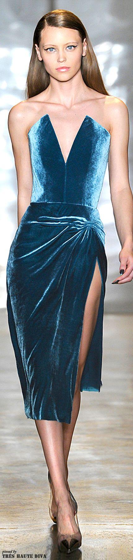 #NYFW Cushnie et Ochs Fall 2014 RTW blue velvet cocktail dress