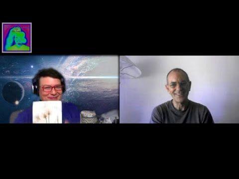 """EMILIO CARRILLO: """"La evolución en Consciencia se hace en el gimnasio de la vida"""" - YouTube"""