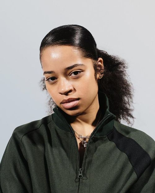 Ella Mai: Most Likely to Cross Over Peep our #2018 PAPER Predictions on papermag.com @ryanduffin - Culture and #Fashion - Women's #Dresses and Shoes - Purses and Accessories - #Luxury Lifestyles of Rich and Famous - Editorial Campaigns - Bargain #Shopping Ideas - Style and Beauty News - Best Designer Brands - Runway Photography - Supermodels