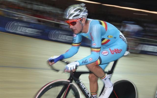 Coupe du monde de cyclisme sur piste: Kenny De Ketele et Robbe Ghys remportent la course par équipes -                  Grâce à Kenny De Ketele et Robbe Ghys, vainqueurs de la course par équipes, la Belgique a décroché une quatrième médaille en Coupe du monde de cyclisme sur piste dimanche à Apeldoorn, aux Pays-Bas.  http://si.rosselcdn.net/sites/default/files/imagecache/flowpublish_preset/2016/11/13/110886810_B971021580