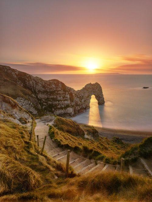 bellasecretgarden: Sunset at Durdle Door by Yunli Song on Fivehundredpx