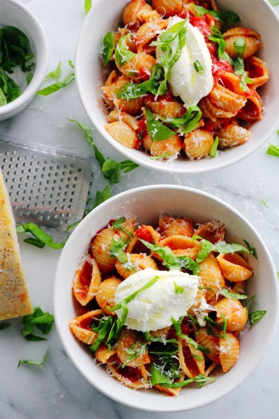 1536 - BABY SHELLS WITH BUTTER ROASTED TOMATO SAUCE & FRESH RICOTTA - ...etc