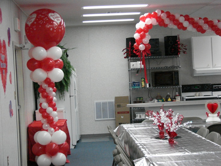 Church sweetheart banquet valentine balloon decor quince for Balloon decoration for valentines day